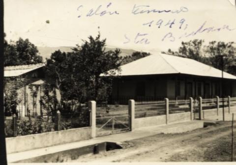 Salon terminado de Santa Barbara 1949