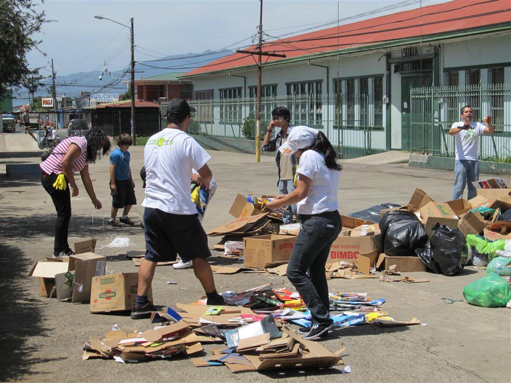 """Campaña """"Barbareñ@s Reciclando"""""""